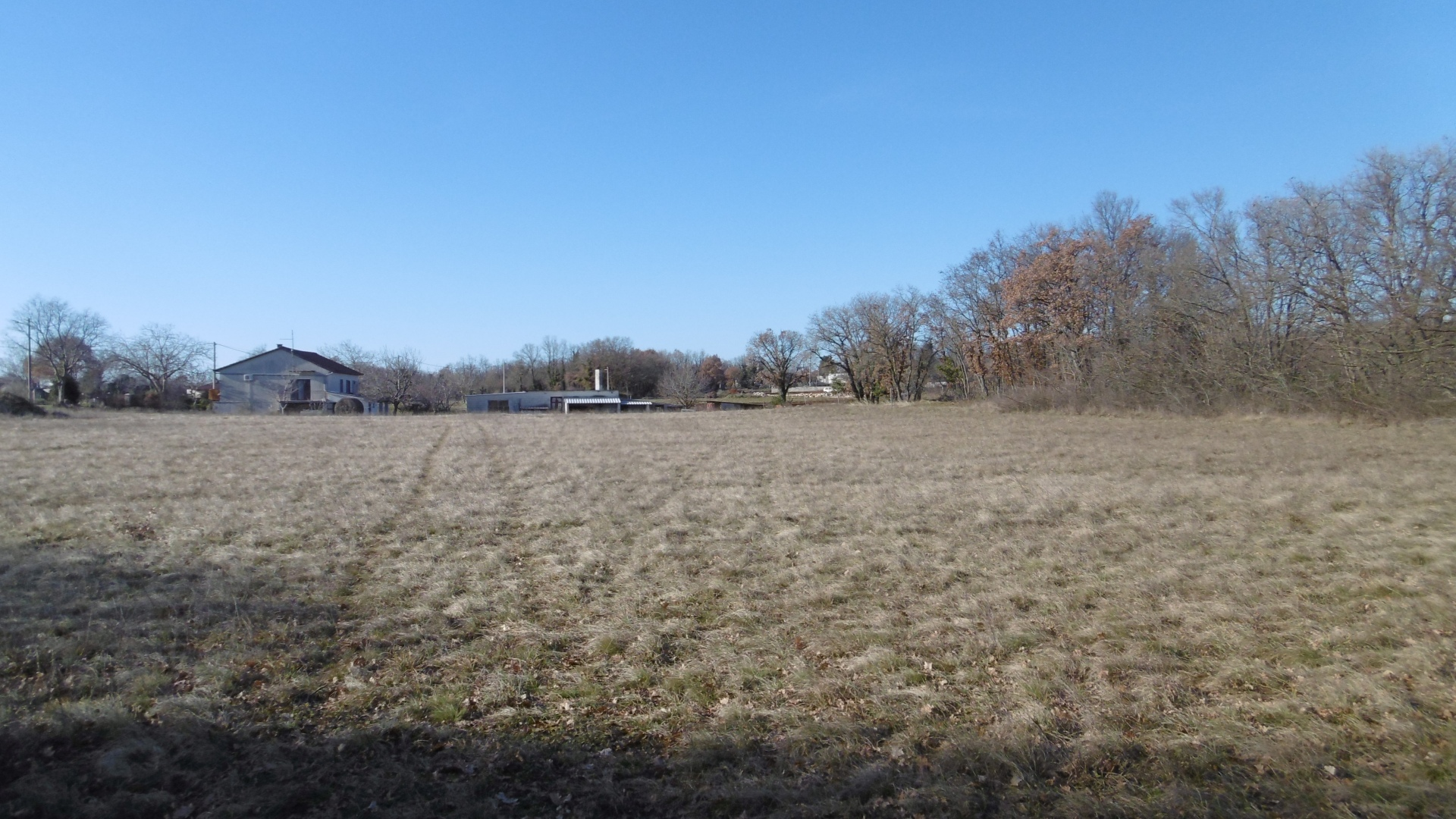 PU-617  Large building plot with approx. 3.800 m² in a quiet location, only about 3 km from the sea